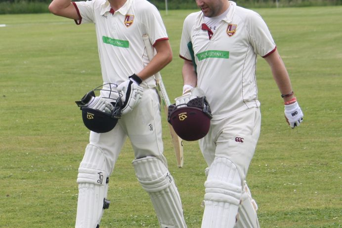 IMG_0054luke Evans 34 and Rob Franklin 49 not out _  partnership of 85 for thre 10th Wicket